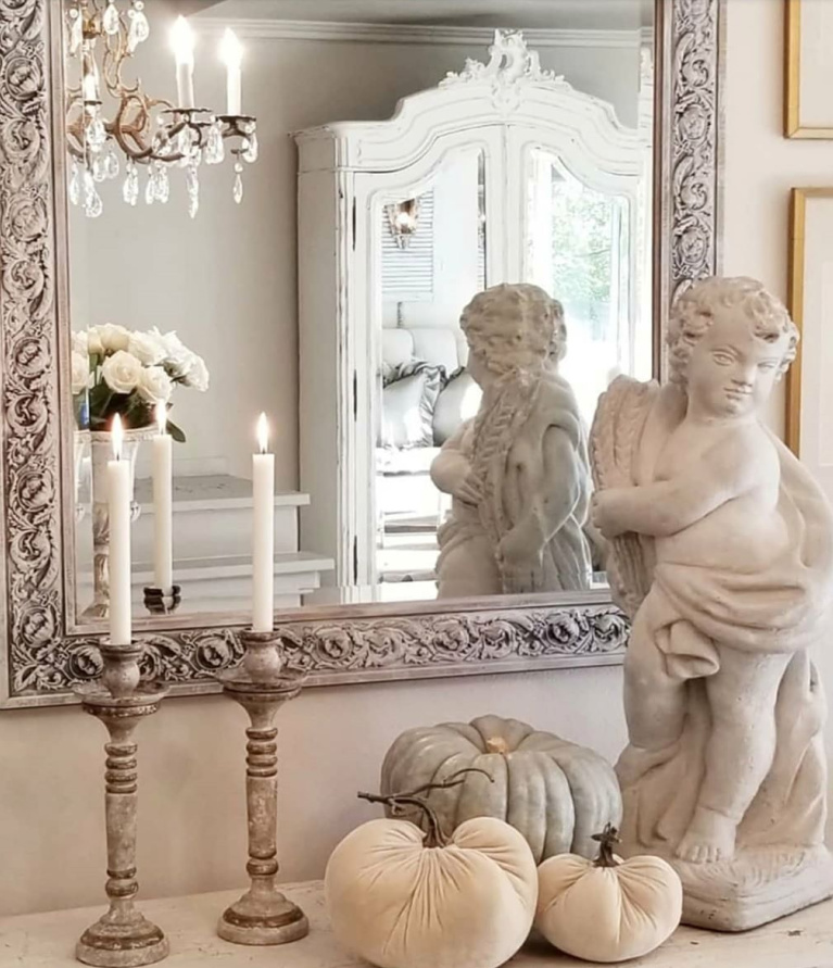Understated, sophisticated design simplicity in this French country home designed by The French Nest Co. Interior Design. #frenchcountry #interiordesign #neutraldecor #oldworldstyle #romanticdecor