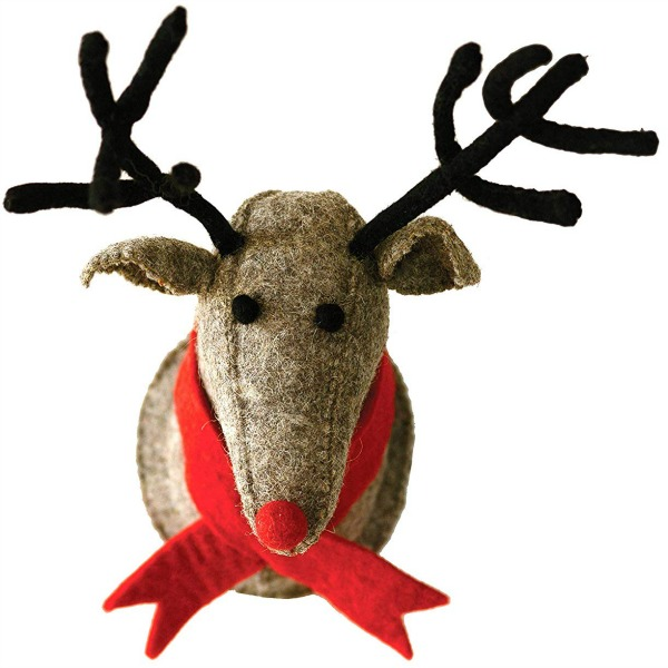 Grey wool reindeer head wall decor is a sweet adorable holiday find for your home. #reindeer #christmasdecor #whimsicaldecor
