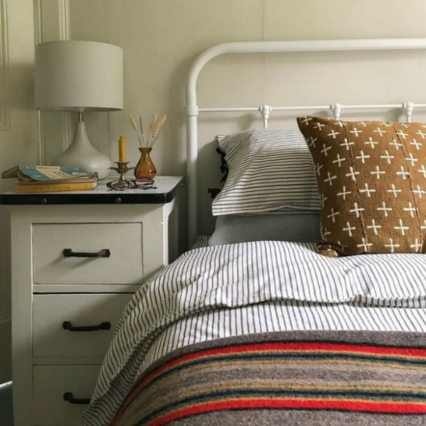 Beautiful white English cottage bedroom painted Farrow & Ball Shaded White - Design by Homestead. #farrowandball #shadedwhite #bedroom #cottagestyle #englishcountry