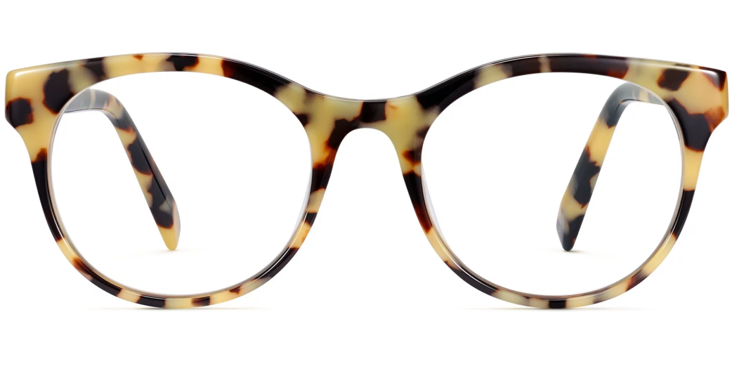 Warby Parker Remy in Marizipan Tortoise glasses are such a chic choice if you're considering new frames and lenses! #warbyparker #glasses