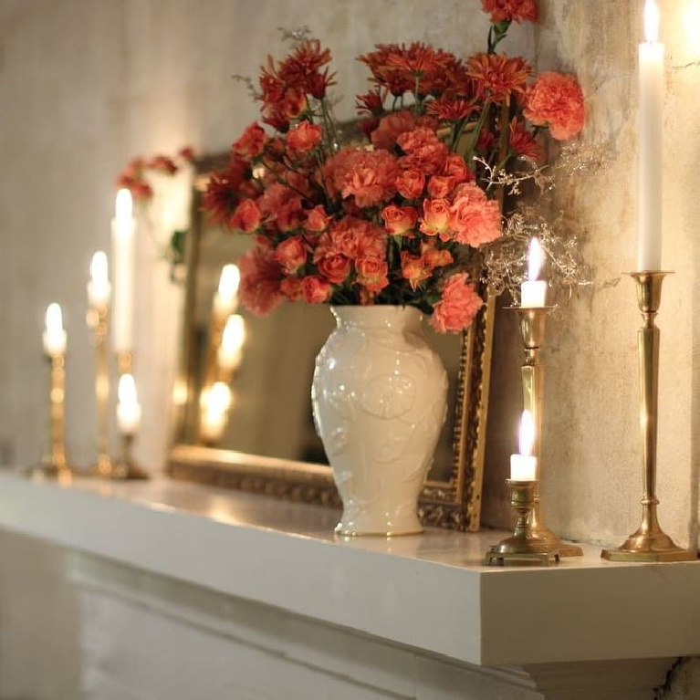 Elegant and serene understated fall decor on a mantel - Mantel and Table. #falldecor #mantelscape #fireplacedecor #autumnmantel