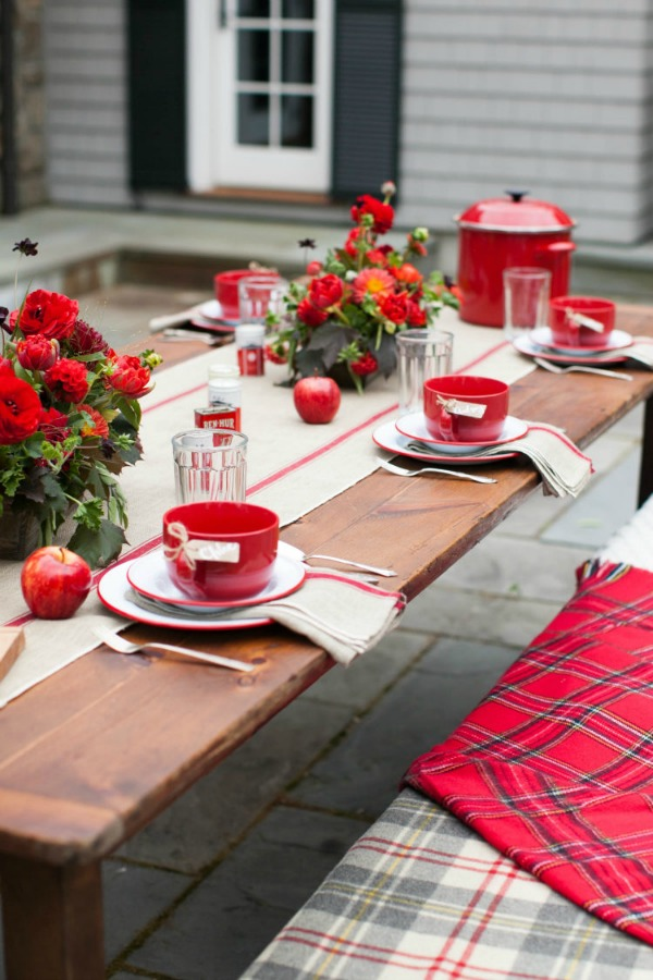 Outdoor casual fall party with grilled cheese, cocktails, and plaid! So cozy! Style me Pretty Living and Abby Lawson. #falldining #plaid #entertaining #falltable