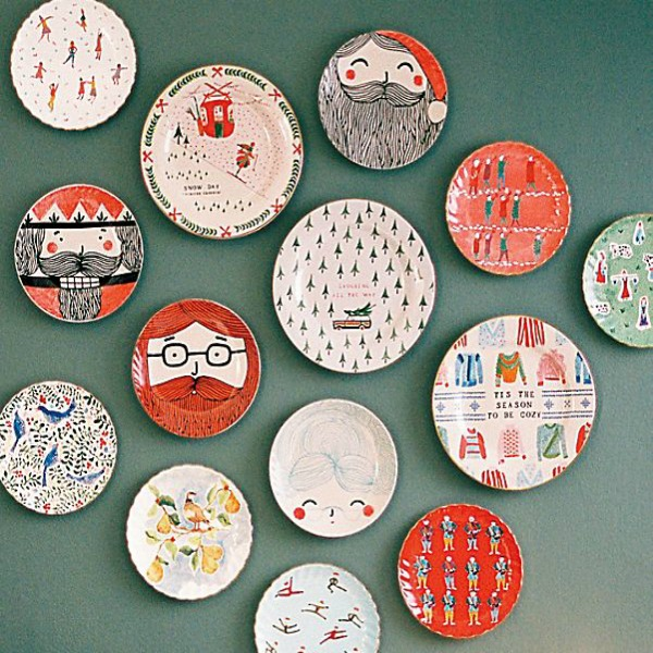 12 Days of Christmas canape plates add whimsy and smiles to your wall or table. #christmasdecor #12daysofchristmas #plates