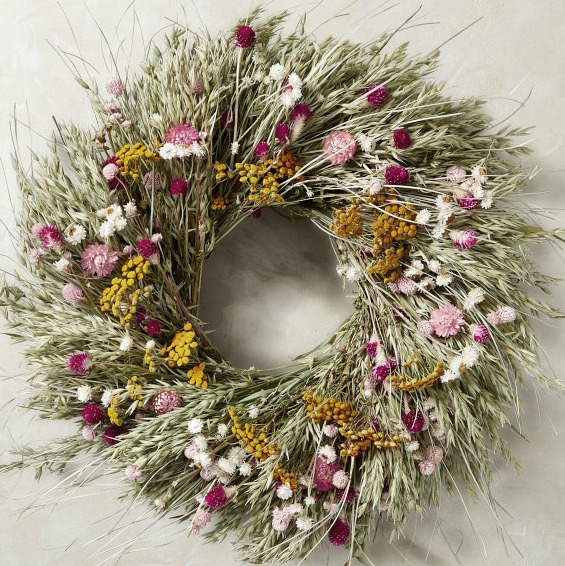 Soft and dreamy floral meadow wreath from Williams-Sonoma for a romantic and quiet look for your door.