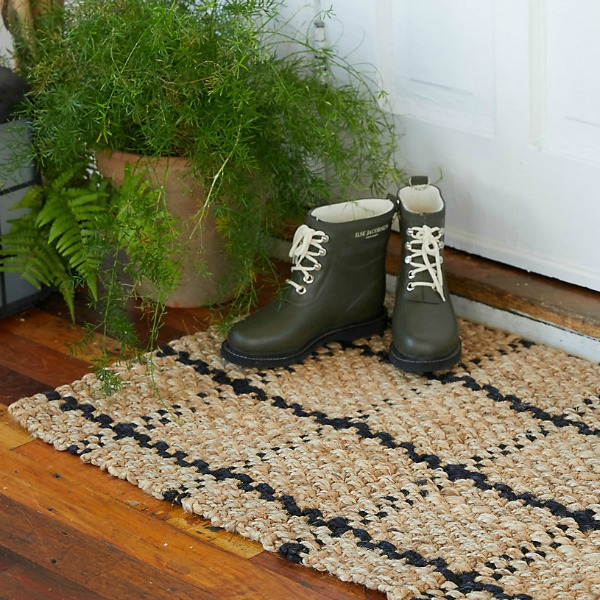 Windowpane jute doormat from Terrain
