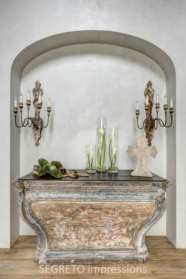 From SEGRETO impressions (2019) by Leslie Sinclair. An 18th-century altar from Touraine in the entry of a newly constructed home with antique and reclaimed design features. #frenchantique #religiousantiques #plasterwalls #oldworldstyle
