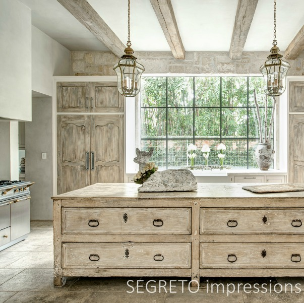 From SEGRETO impressions (2019) by Leslie Sinclair. A quiet-toned newly constructed kitchen incorporating antiques from France. #frenchkitchen #frenchcountry #frenchantiques #bespokekitchen