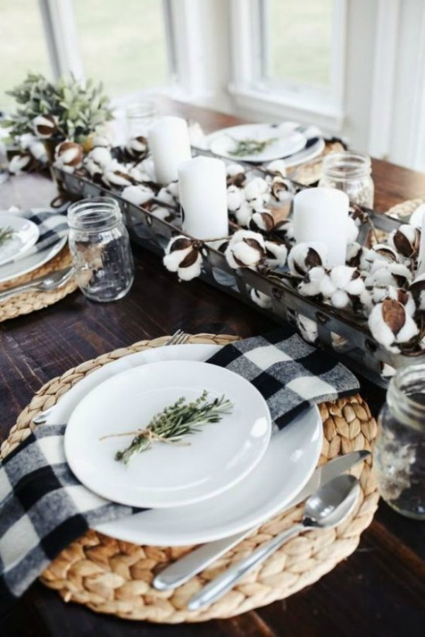 Beautiful table decor for Thanksgiving with a rustic farmhouse theme including cotton and black and white check linens. #thanksgiving #tabledecor #tablesetting #tablescape #blackandwhite