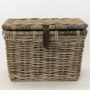 French country lidded trunk basket is perfect for a laundry room, bedroom, or anywhere you want to conceal storage and add rustic charm. #frenchbasket #trunkbasket #baskets #homedecor #frenchcountry