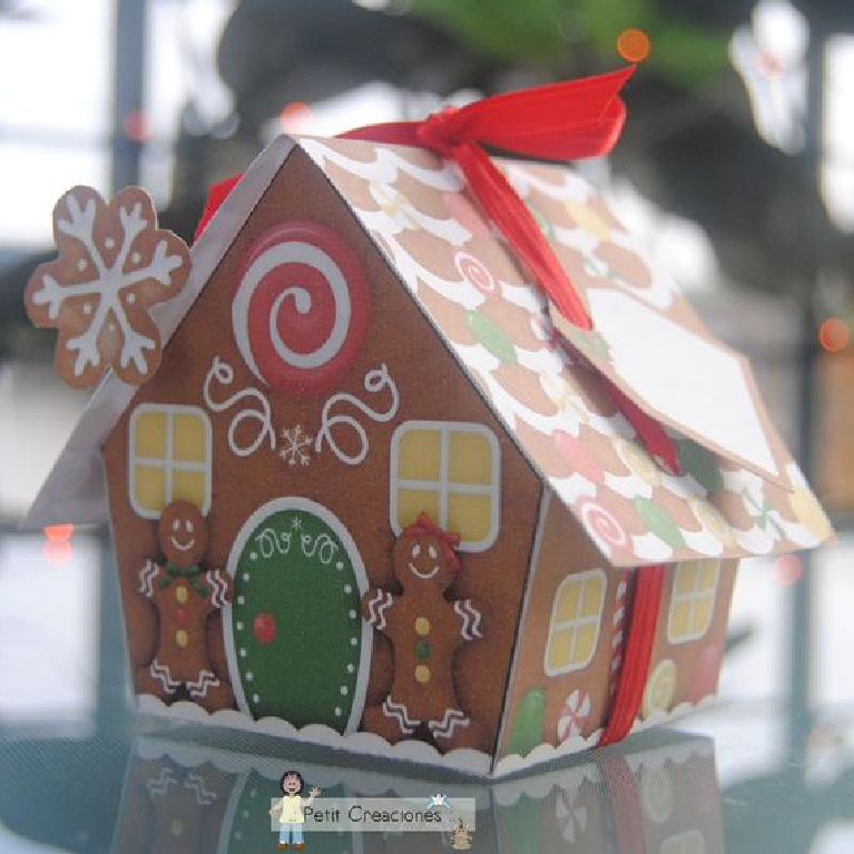 Sweet gingerbread gift box pdf printable - PetitCreaciones on etsy. #gingerbreadhouses #giftbox #diy #holidaycrafts
