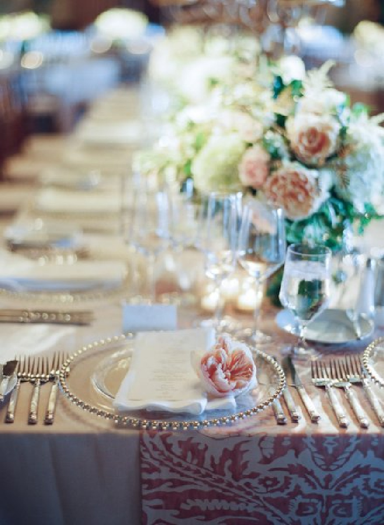Beautiful wedding place setting and tablescape with Francis Meiland blush pink roses - photo by Elizabeth Messina. #weddings #tablescapes #placesetting #francismeiland #pinkroses