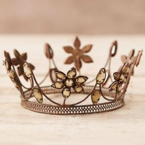 Winter Jewels Crown Decor