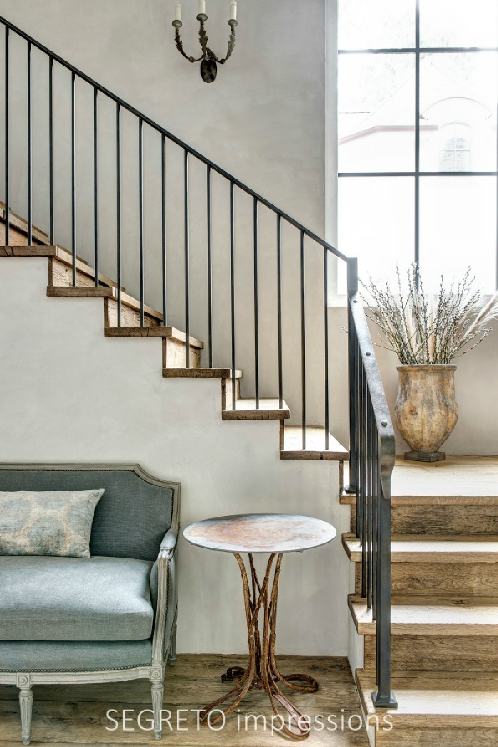 From SEGRETO impressions (2019) by Leslie Sinclair. Plastered walls and ceilings as well as reclaimed wood flooring sing in a newly constructed, timeless European country inspired home. #interiordesign #plasterwalls #oldworld #staircase