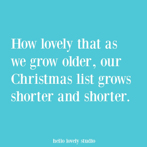 Christmas inspirational quote and holiday heartwarming words of hope. #hellolovelystudio #christmasquote #quotes #holidayquote #encouragement