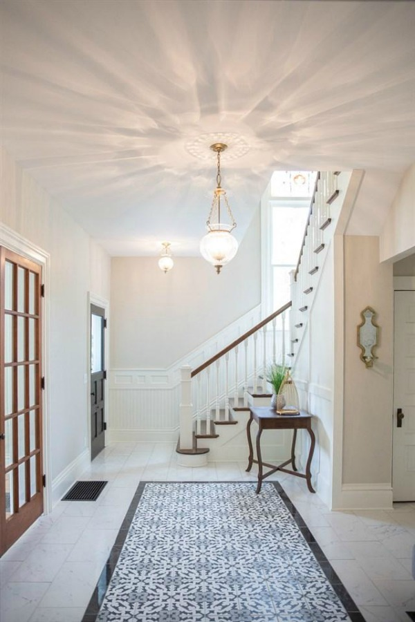 Entry and staircase in Architecturally magnificent Victorian style historic home tour (Beloit, WI). #victorianhome #interiordesign #hometour #homerenovation #historichome