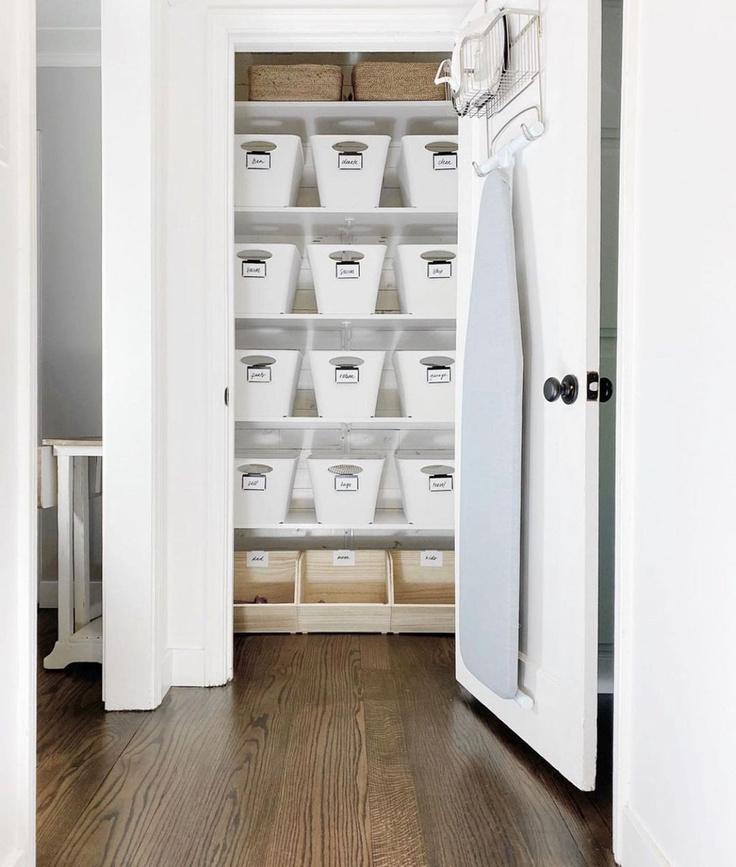 Dreamy organized closet with white bins - @breathing.room.organization