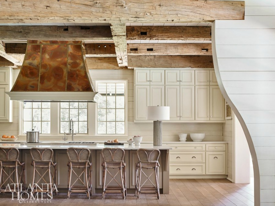 Timeless kitchen architecture and design by Atlanta-based Jeffrey Dungan who mixes rustic with elegant in luxury home design. #architecture #luxuryhome #jeffreydungan #timelessdesign #kitchendesign