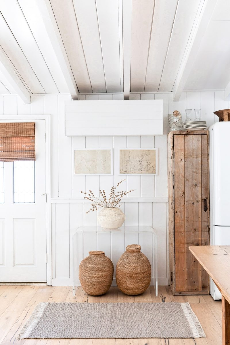 Rustic white organic and natural kitchen design with exposed rafters and an airy Cali vibe - Lulu and Georgia. #rustickitchen #kitchendesign #modernfarmhouse #organic #modernrustic