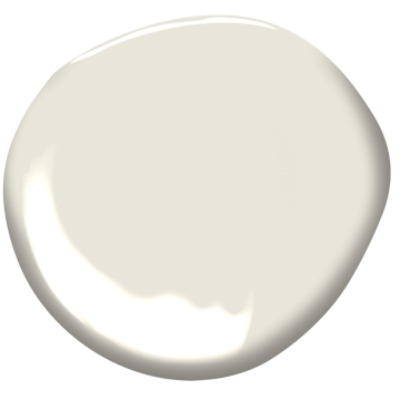 Benjamin Moore China White PM-20 white paint color. #benjaminmoorechinawhite