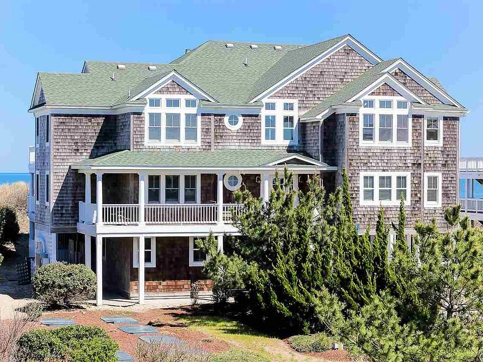 Magnificent shingle style coastal beach house exterior in NC.