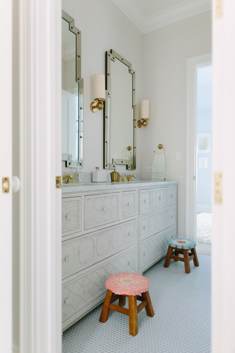 Serene and lovely double vanity in a beautiful bath by Kate Marker in Barrington, IL. Come enjoy encouraging love quotes and timeless decor inspiration!  #bathroomdesign #serenedecor #bathroomvanity