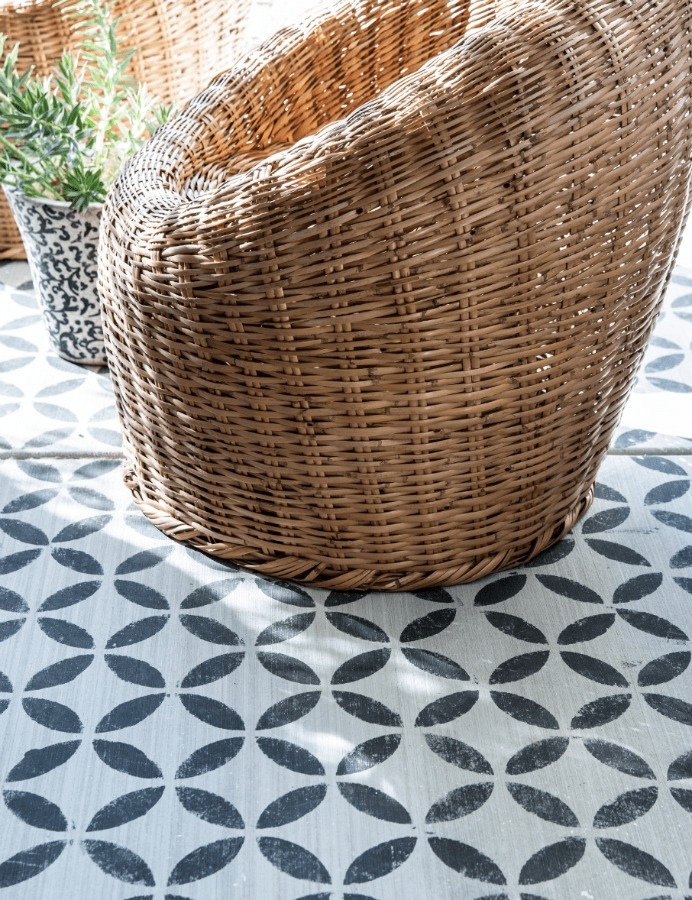 Leanne Ford's gorgeous stenciled patio from HGTV's Rock the Block. #leanneford #interiordesign #stencil #rocktheblock