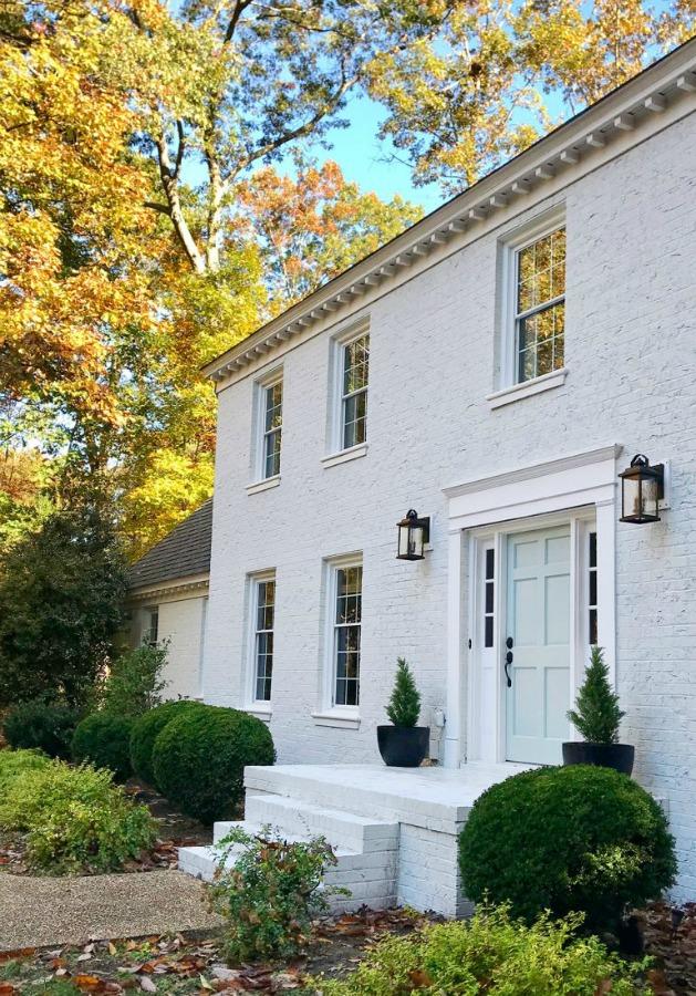 White painted brick house exterior - Young House Love. #whitebrick #houseexterior #housedesign #whitehouses #sherwinwilliamsmodernewhite #benjaminmooretranquility