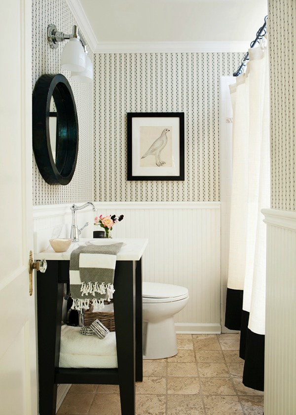 Black and white bathroom design by Sherry Hart. #bathroomdesign #blackandwhite