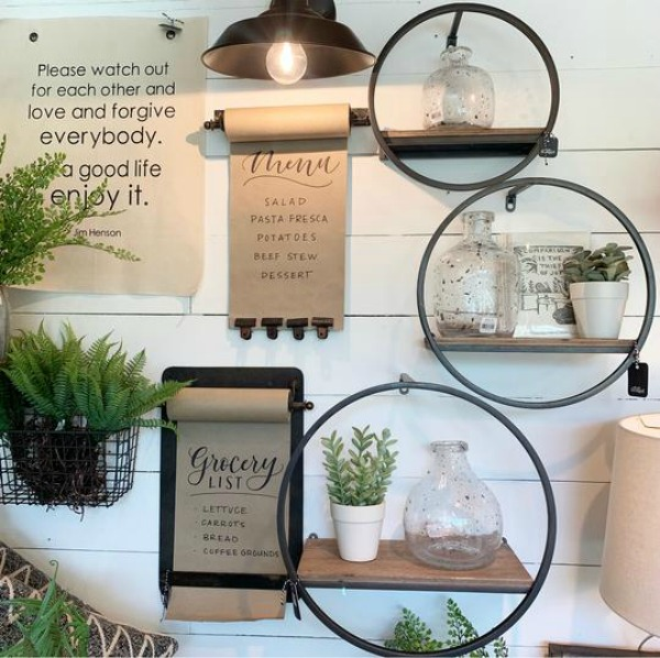 Rustic and whimsical farmhouse decor from Urban Farmhouse in Rockford. #urbanfarmgirl #farmhousedecor #homedecor