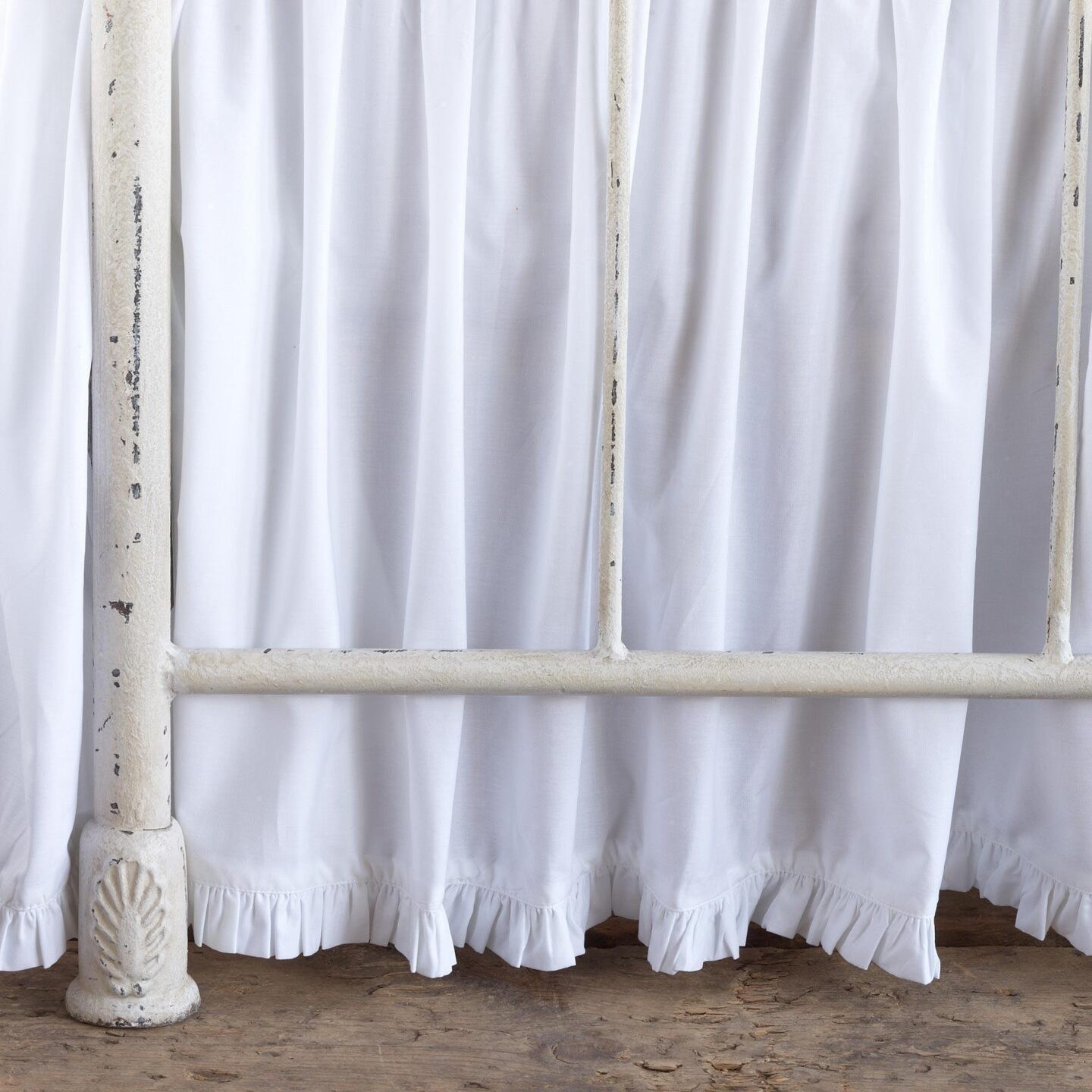 Country ruffle bedskirt from Sundance. #bedroomdecor #bedskirt #interiordesign