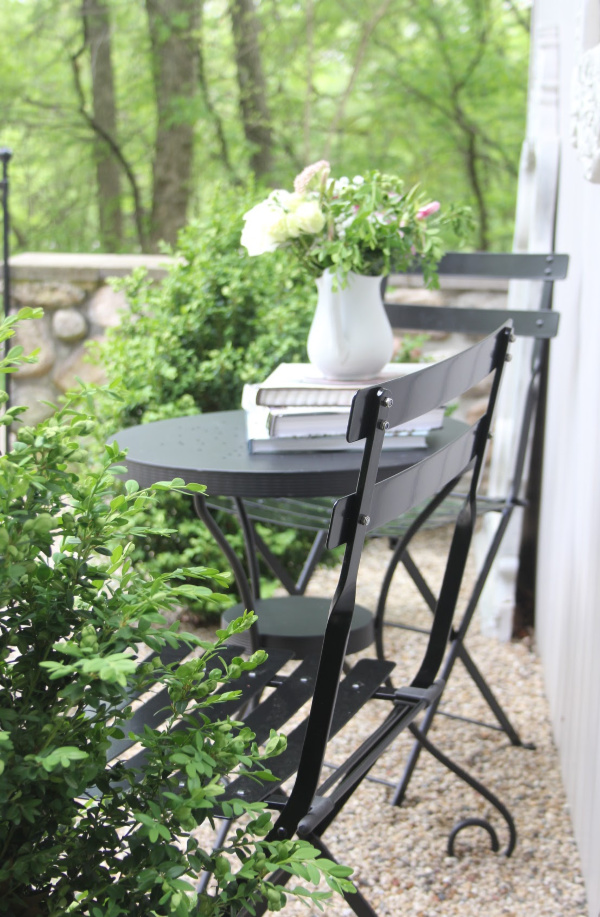 Hello Lovely Parisian Café Chair - perfect for gardens, patio, and small outdoor spaces or balconies. Parisian romance and folding bistro chairs tuck away for storage. #hellolovelystudio #frenchmodern #frenchcountry #Frenchbistro #outdoordecor #patioset #smallpatios #parisianchairs #bistrochair
