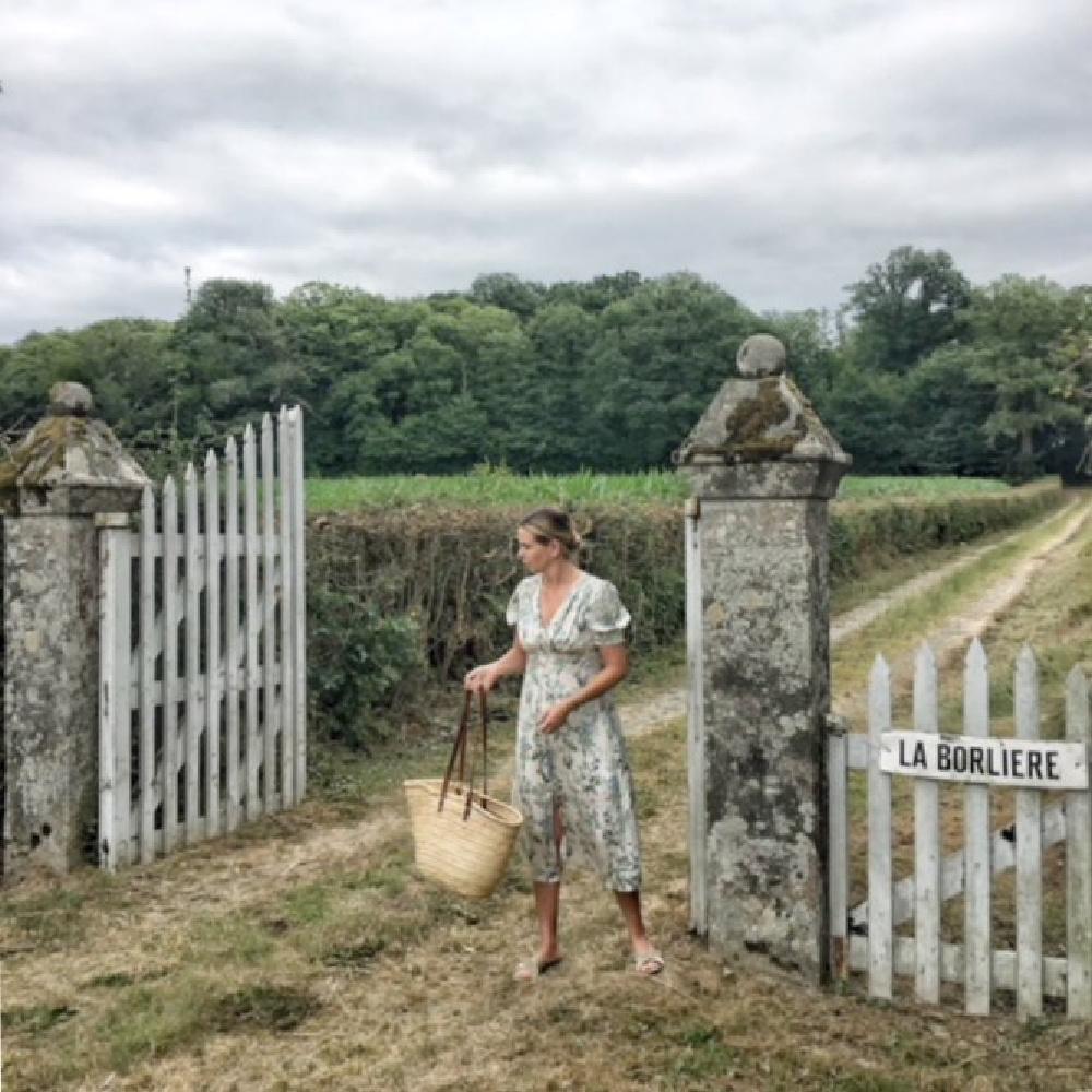 Charming French countryside at a farmhouse by Vivi et Margot on Hello Lovely. #vivietmargot #frenchfarmhouse #gates #rustic #frenchcountry #marketbasket