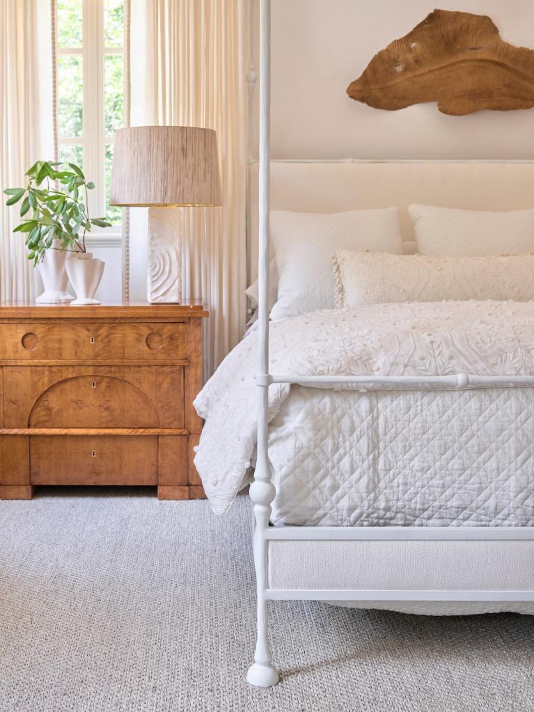 Serene, sophisticated, stunning white bedroom by designer Phoebe Howard for the 2020 Southeastern Designer Showhouse. #bedroomdecor #phoebehoward #interiordesign #whitebedrooms #traditionalstyle