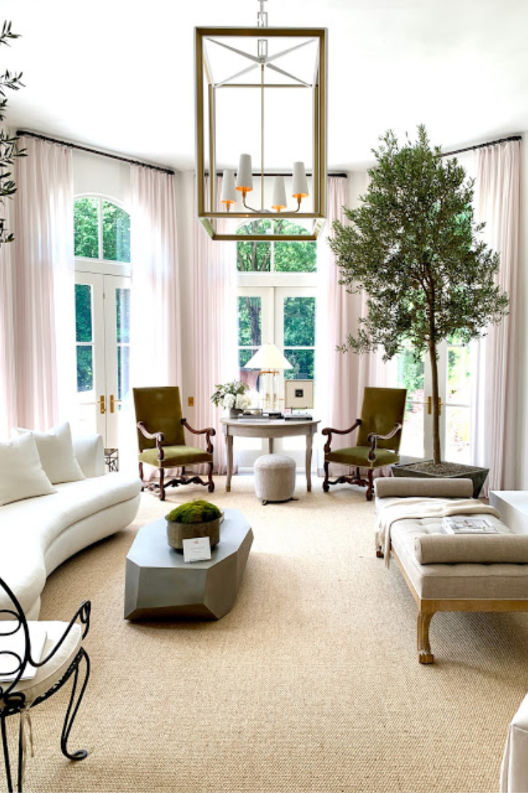 """Luxurious living room designed by Amy Morris for """"Villa Flora"""" the 2020 Southeastern Designer Showhouse. #livingrooms #interiordesign #luxurydesign #showhouse #amymorris"""