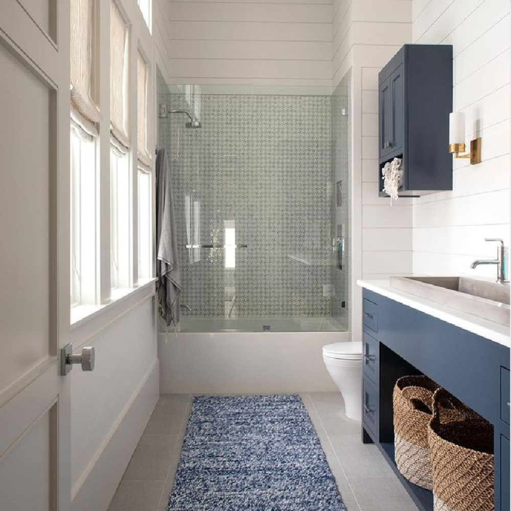 Navy blue and white coastal bathroom - architecture by Geoff Chick.