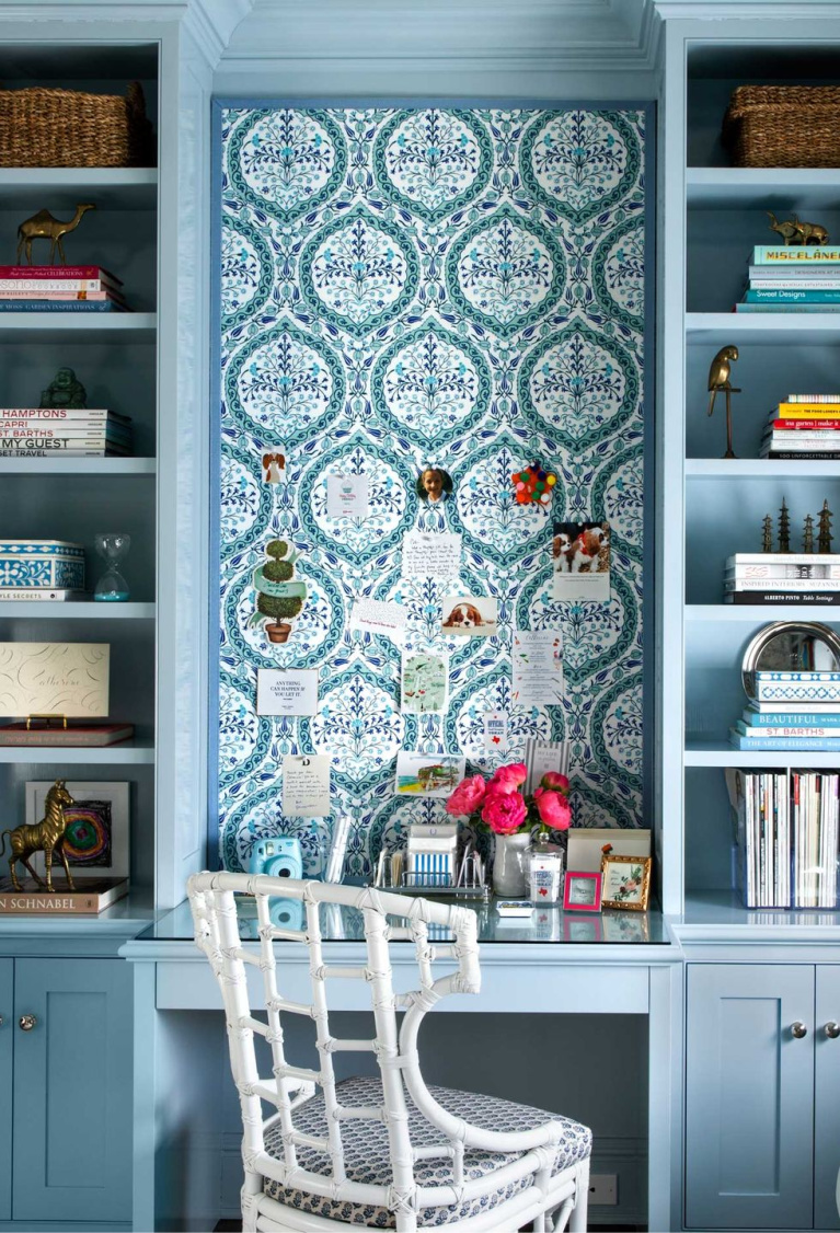 Gorgeous home office with built-in shelves painted blue - AD. #homeoffice #interiordesign #builtins #farrowandball #parmagray