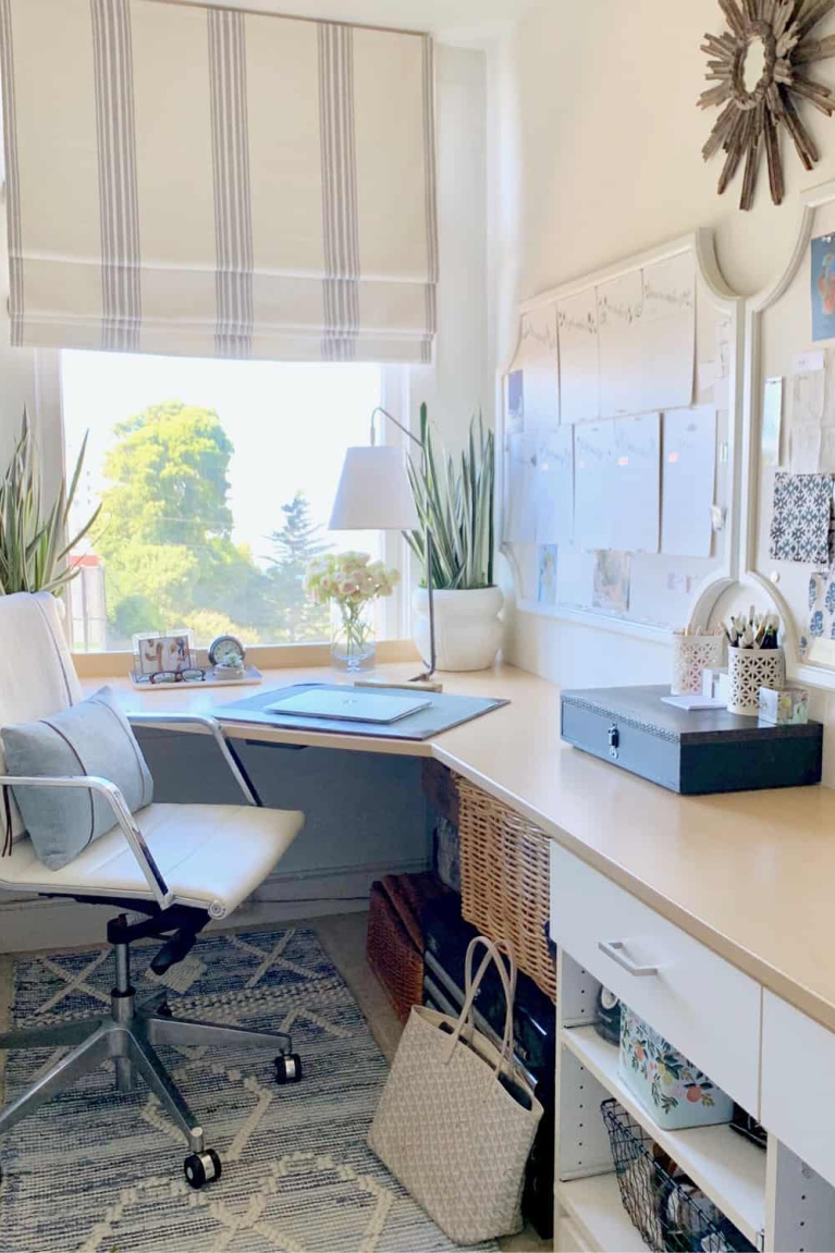 Beautiful home office with view - Classic Casual Home. #homeoffice #interiordesign #classicstyle