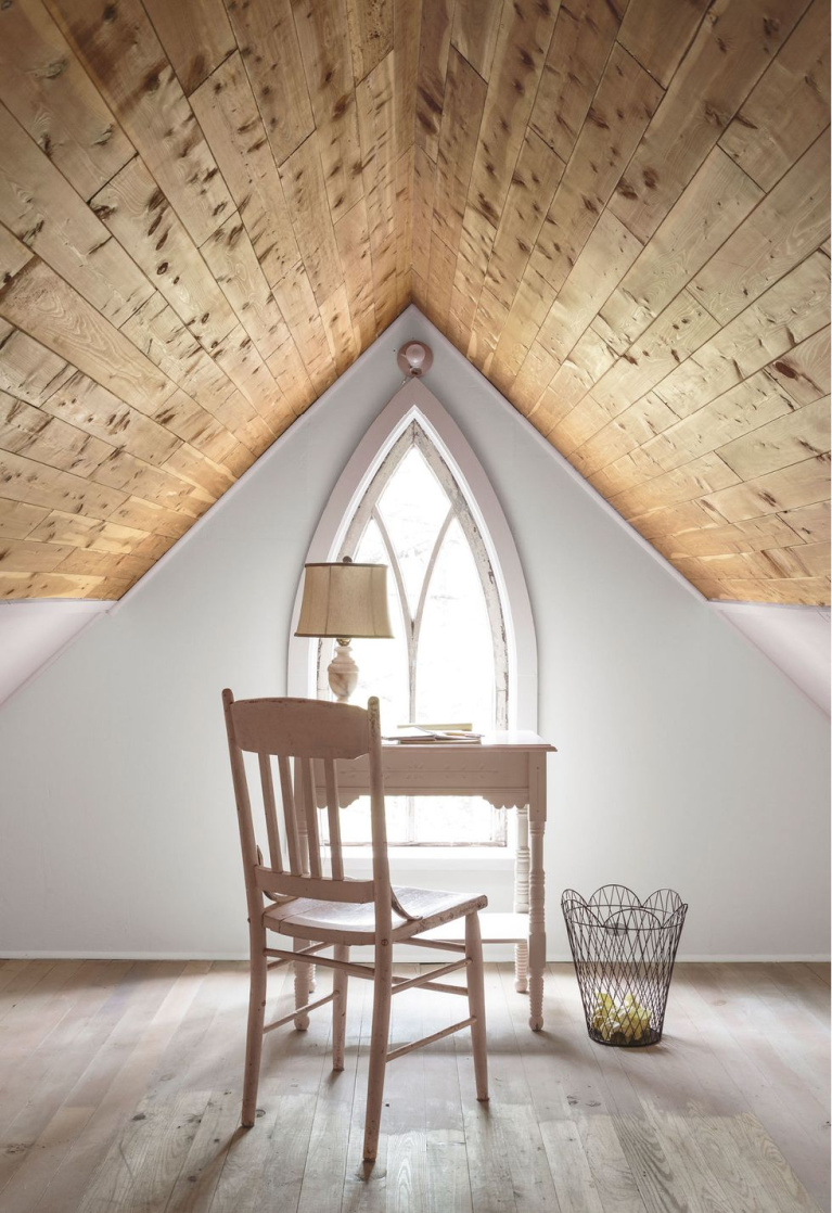 Lovely and serene home office in an attic - Mark Lohman for Country Living. #homeoffice #serenedecor #attics #interiordesign