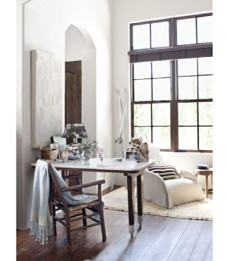 Beautiful pale color palette in a home office in Country Living. #homeoffice #serene #interiordesign
