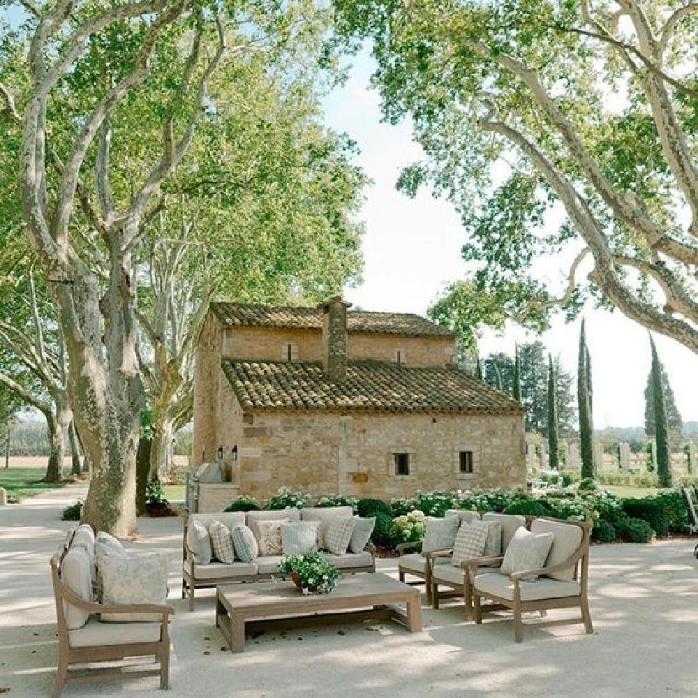 Guest house in Provence French farmhouse Le Mas des Poiriers.