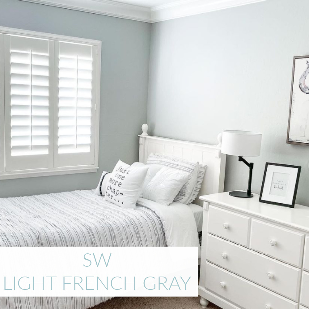 Light French Gray (Sherwin Williams) paint color in girls bedroom by @meg_larson. #lightfrenchgray #paintcolors #sherwinwilliams #greypaint