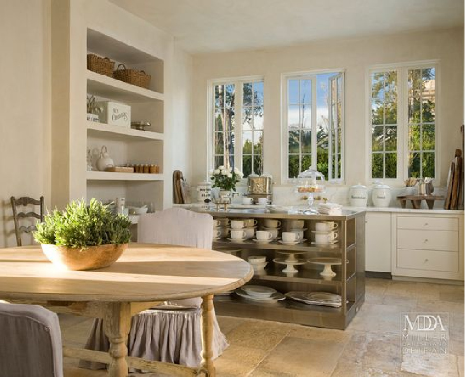 Pamela Pierce designed elegant Houston home interiors in case you admire Luxurious European Style Interior Design Inspiration! #frenchfarmhouse #frenchcountry #kitchens #frenchkitchen #pamelapierce #frenchhome