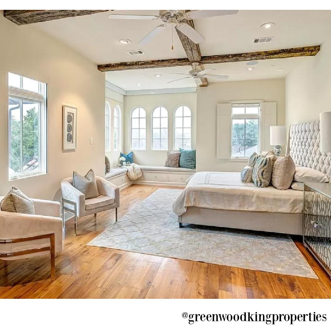 Bedroom in modern French Houston Home (1119 Berthea St.) - @greenwoodkingproperties. #modernfrench #interiordesign #bedrooms