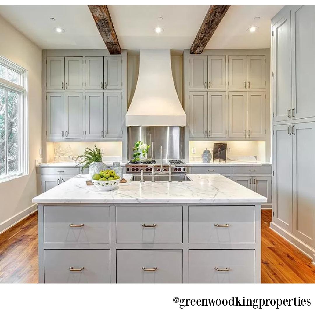 Traditional kitchen in modern French Houston Home (1119 Berthea St.) - @greenwoodkingproperties. #modernfrench #interiordesign #kitchen