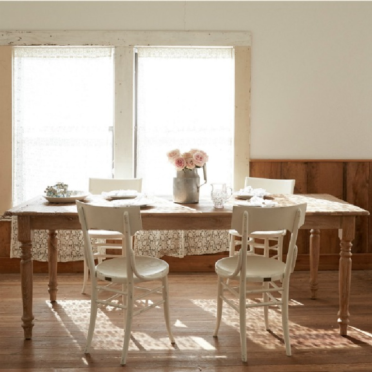 Shabby Chic Couture farm table and chairs at the Prairie by Rachel Ashwell. #shabbychic #farmtable #diningrooms