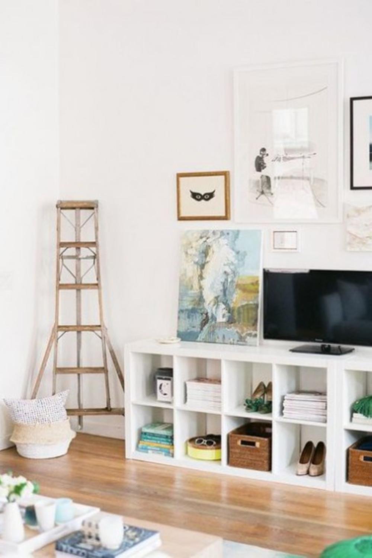 Living room console cubbies with Kallax from Ikea. #kallaxhacks #cubbies #livingrooms