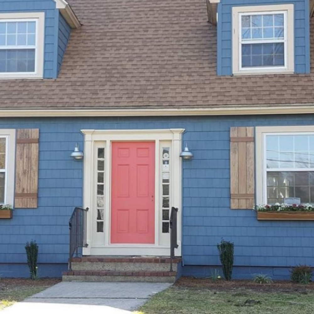 Waterloo (SW) blue painted house exterior - @salvaging_local. #waterloo #bluepaintcolors