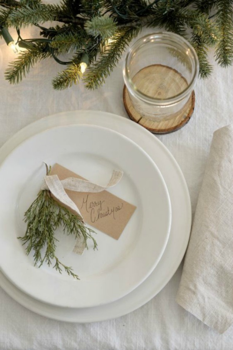Simple Christmas placesetting with white from Rocky Hedge Farm.