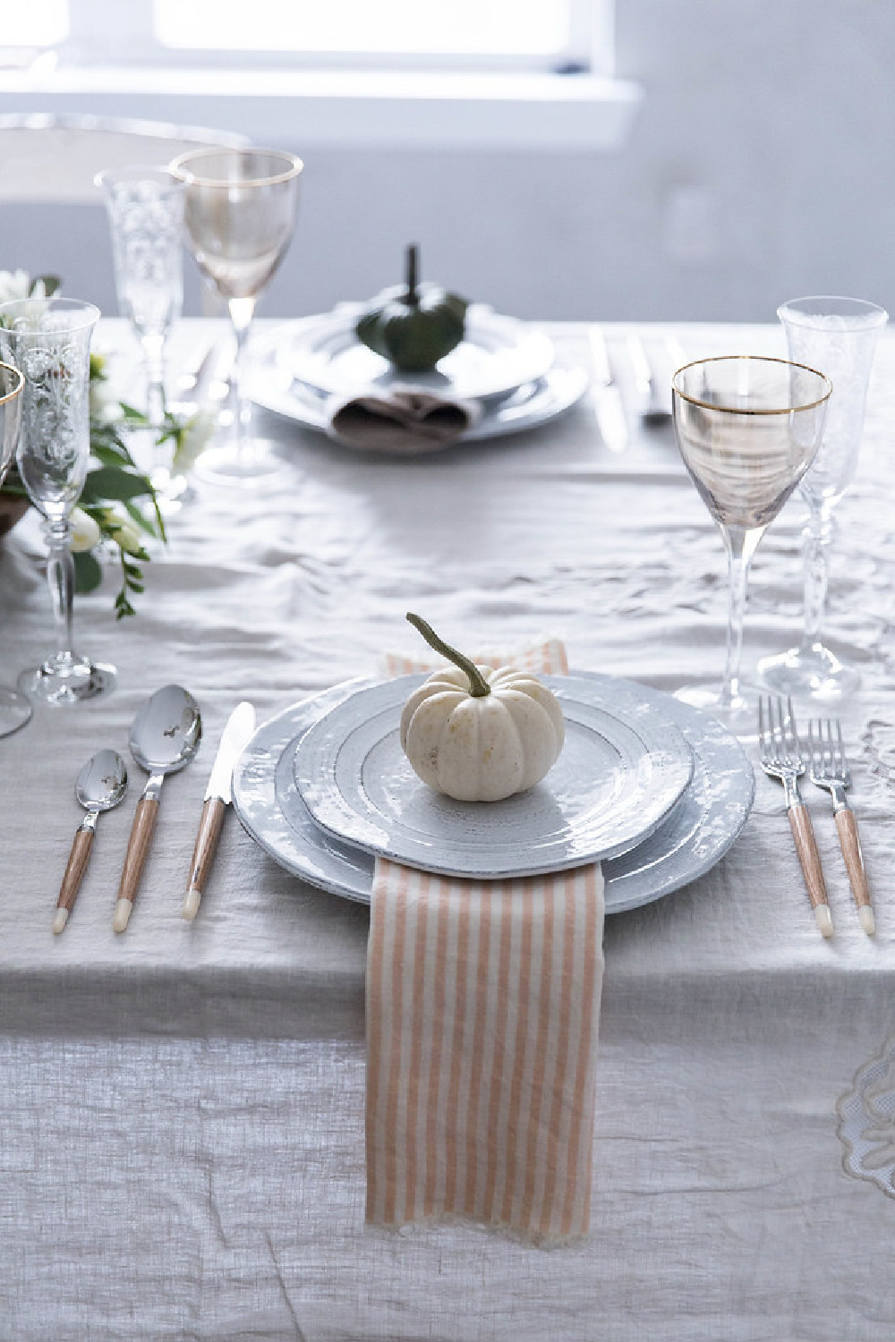 White pumpkin place setting for Thanksgiving - Beth Kirby of Local Milk Blog. #thanksgiving #tablescapes #placesetting