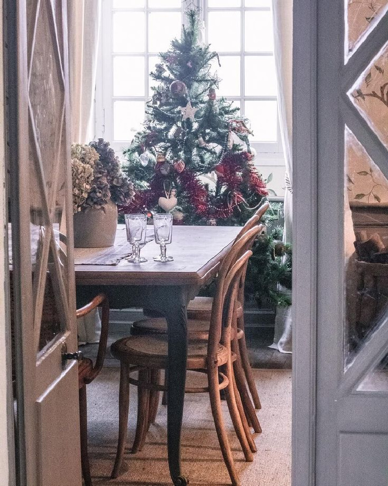 Charming authentic French Christmas in a small chateau in SW France - @chateaumonfort. #frenchchristmas #christmasinFrance #frenchcountry #christmasdecor